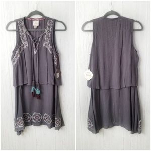 NWT Knox Rose Embroidered Tassle Dress Size Small